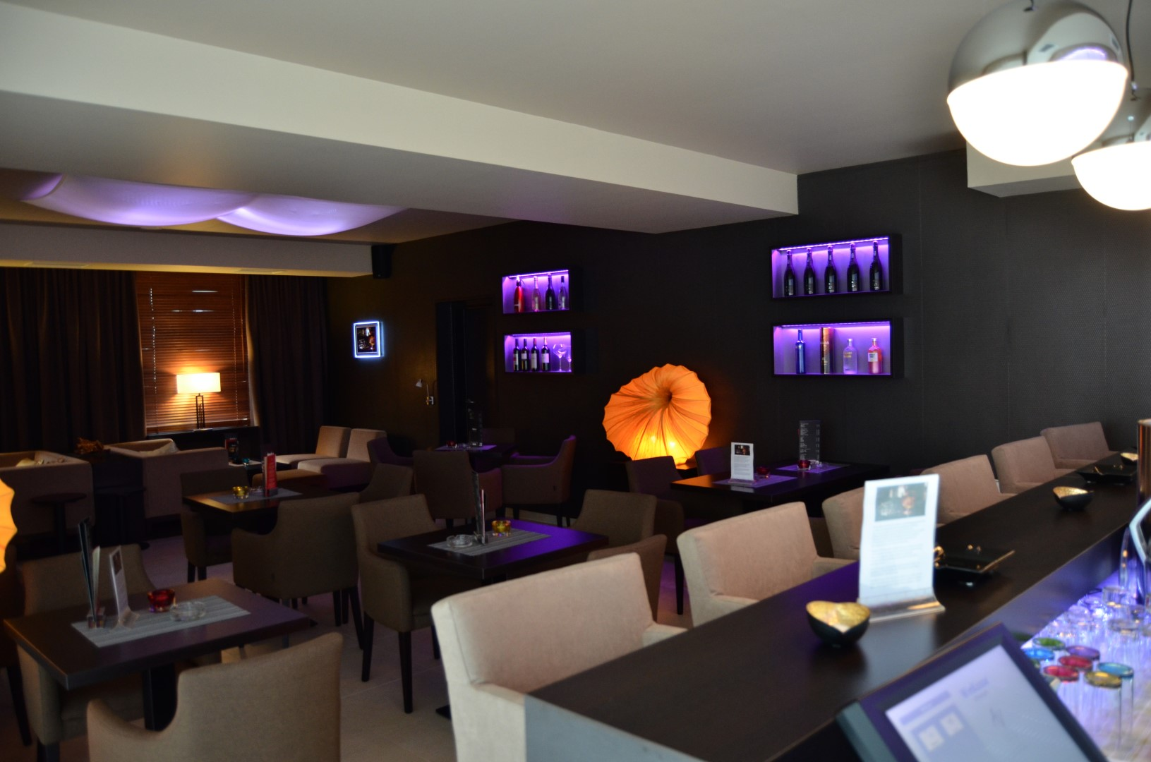 Donna Bella´s CLUB LOUNGE